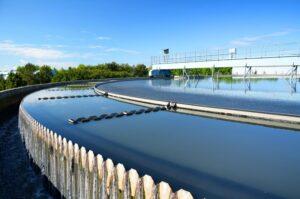 انعقاد الکتریکی در حذف نیترات و فسفات آب