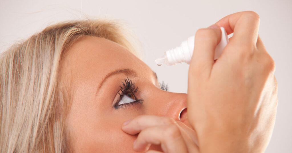 خشکی چشم در اثر کم آبی