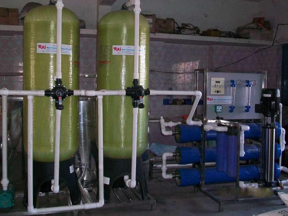 مهم ترین کاربرد های دستگاه آب شیرین کن نیمه صنعتی
