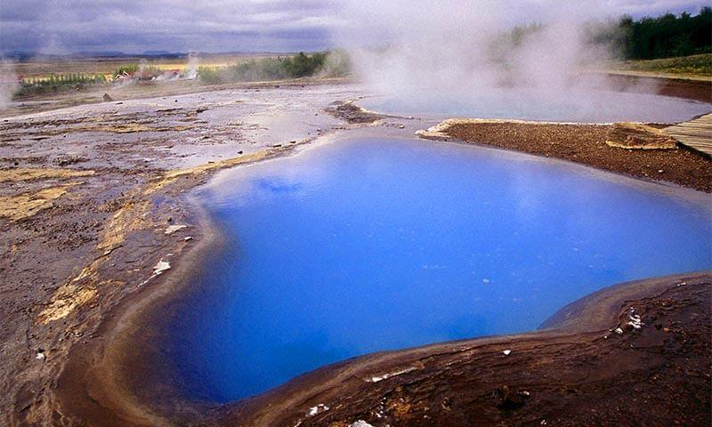 چشمه آبگرم فردوس
